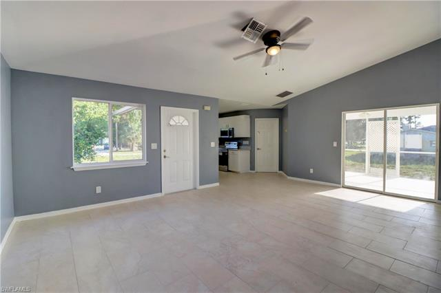10141 Georgia St, Bonita Springs, FL 34135