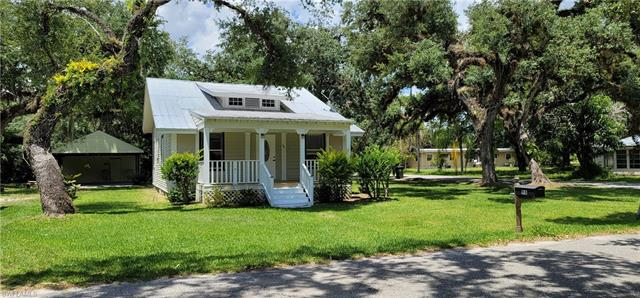 96 Campbell St, Labelle, FL 33935