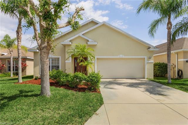 9807 Gladiolus Bulb Loop, Fort Myers, FL 33908