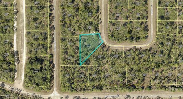 335 Roberta Ct, Lehigh Acres, FL 33972
