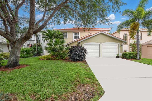 9902 Colonial Walk S, Estero, FL 33928