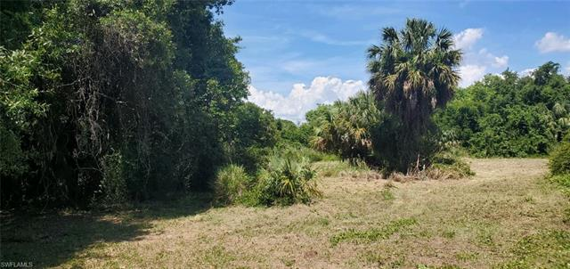 7981 Grady Dr, North Fort Myers, FL 33917