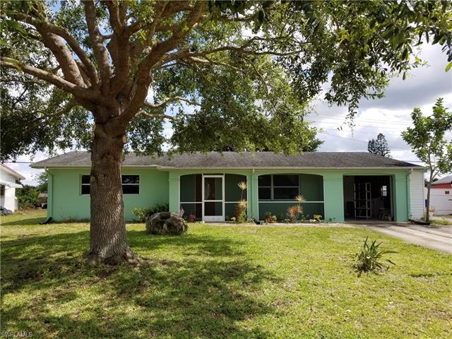1522 Markdale St E, Lehigh Acres, FL 33936