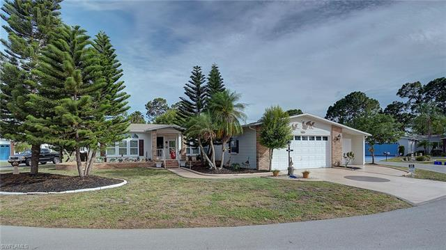 19837 Eagle Trace Ct, North Fort Myers, FL 33903
