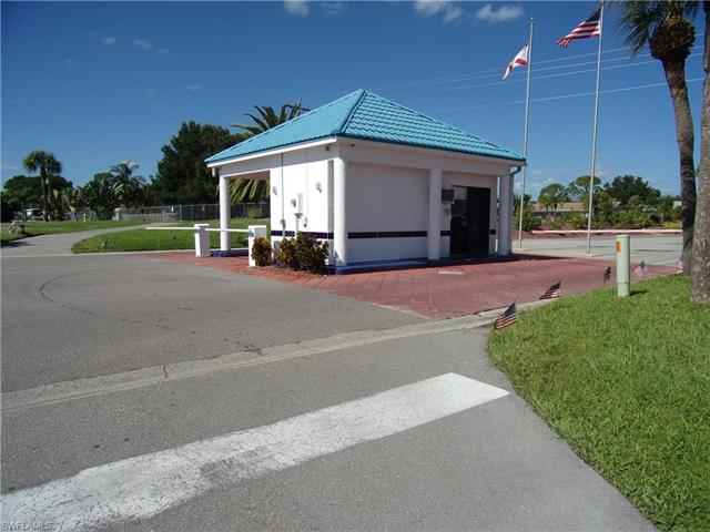 14502 Nathan Hale Ln, North Fort Myers, FL 33917