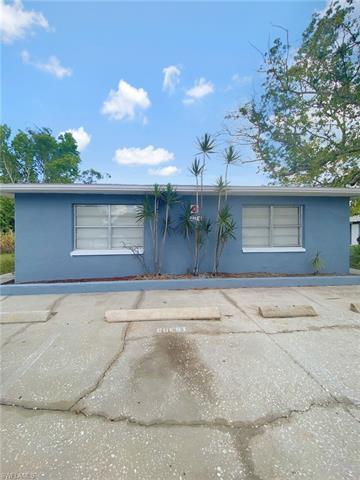 12913 1st St 1, Fort Myers, FL 33905