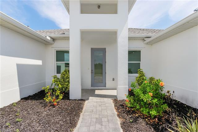 2011 Nw 21st St, Cape Coral, FL 33993