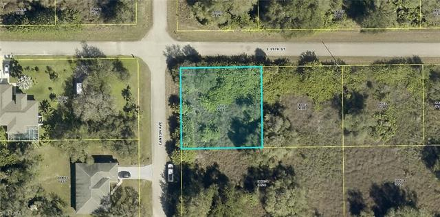 3200 E 19th St, Lehigh Acres, FL 33972