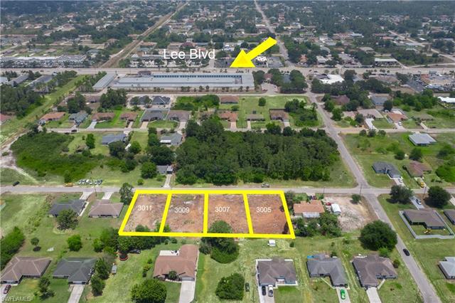 3007 2nd St W, Lehigh Acres, FL 33971