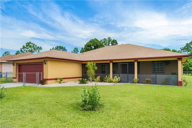 1113 Bainbridge St, Lehigh Acres, FL 33974