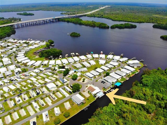 1215 1st St, Fort Myers, FL 33905