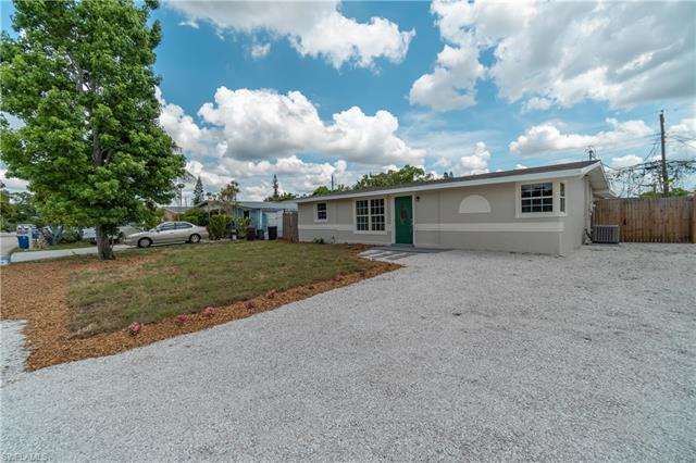 2168 Coronet St, Fort Myers, FL 33907