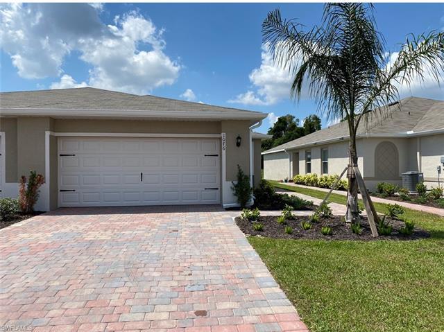 10764 Crossback Ln, Lehigh Acres, FL 33936