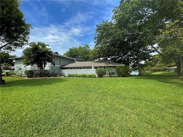 4263 Island Cir 1, Fort Myers, FL 33919