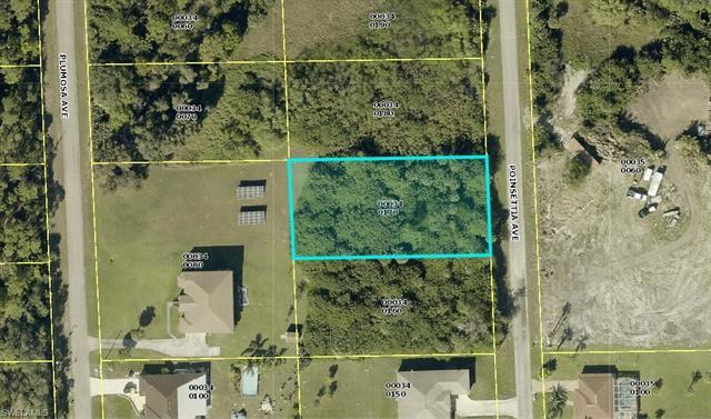 609 Poinsettia Ave, Lehigh Acres, FL 33972