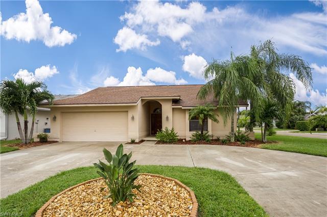 13260 Greywood Cir, Fort Myers, FL 33966