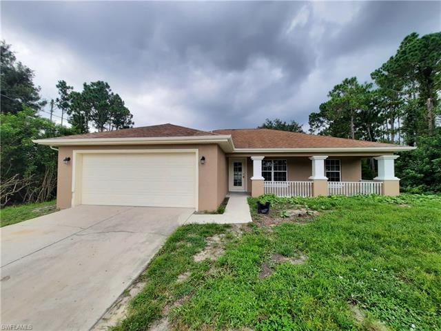 538 Flamingo Ave S, Lehigh Acres, FL 33974