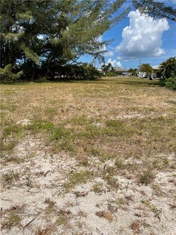128 Sw 35th Ave, Cape Coral, FL 33991