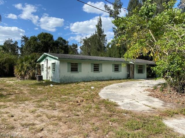 4060 Coronado St, Estero, FL 33928