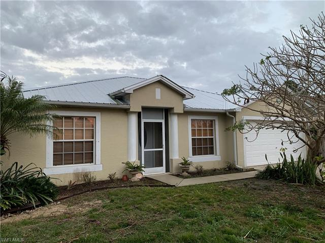 1404 Acacia Ave, Lehigh Acres, FL 33972