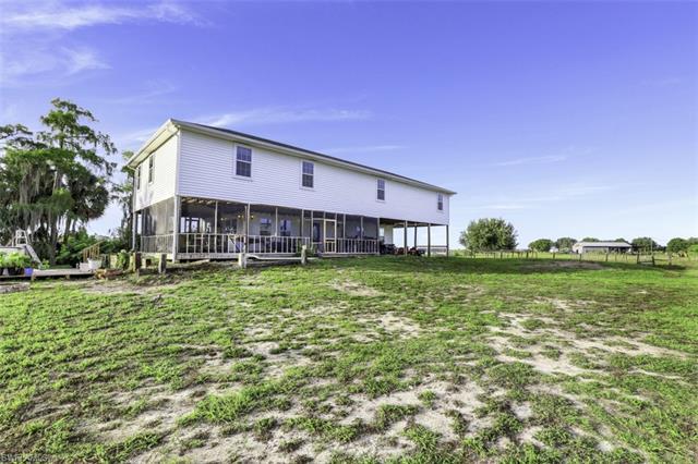 18761 Misty Morning Ln, Fort Myers, FL 33913