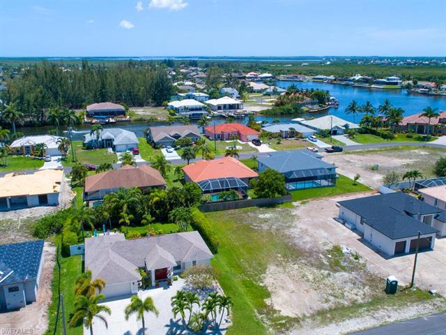 3801 Sw 2nd St, Cape Coral, FL 33991