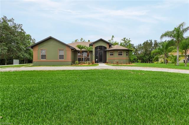 6864 Canton St, Fort Myers, FL 33966