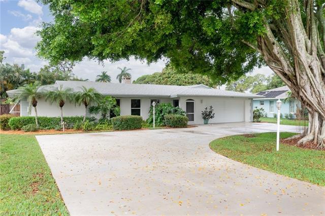 572 Sanford Dr, Fort Myers, FL 33919