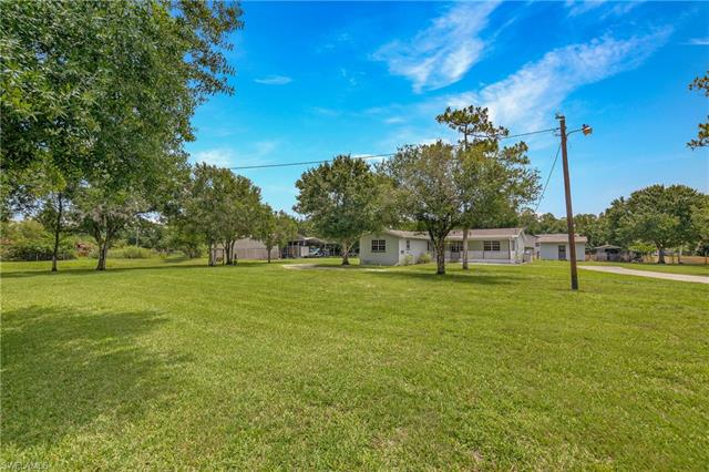 19550 Nalle Rd, North Fort Myers, FL 33917