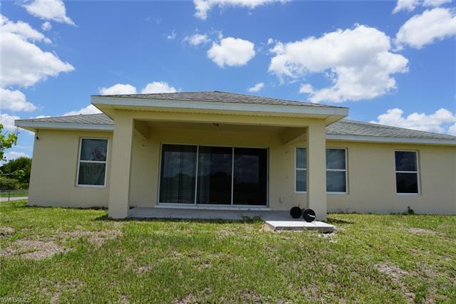 7500 Alyne Ave N, Lehigh Acres, FL 33971