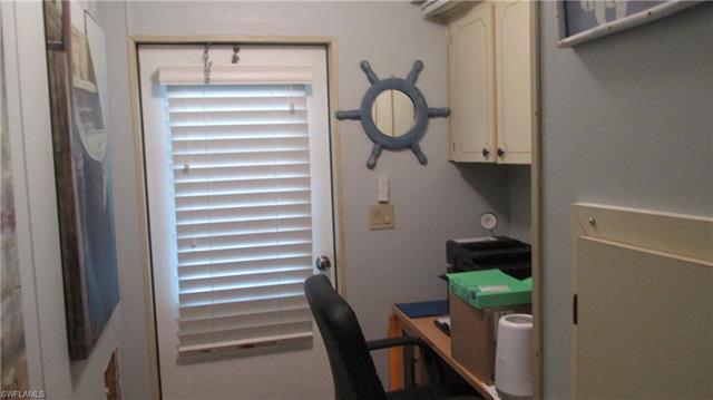 7050 Drum Dr, St. James City, FL 33956