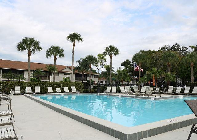 8121 S Woods Cir 13, Fort Myers, FL 33919