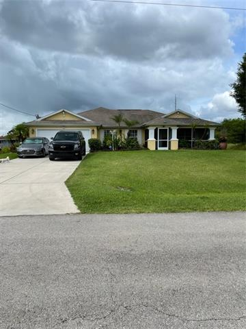 2811 24th St W, Lehigh Acres, FL 33971