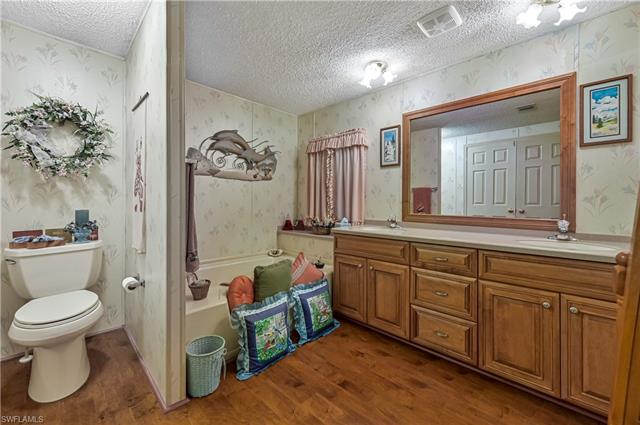 5311 Countrydale Ct, Fort Myers, FL 33905