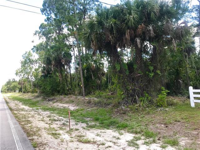 620 24th Ave Ne, Naples, FL 34120