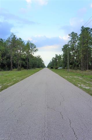 903 Moore Ave, Lehigh Acres, FL 33972