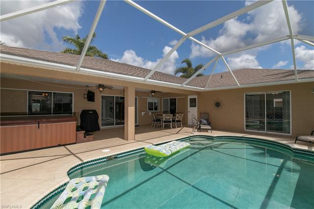 2225 Sw 8th Ct, Cape Coral, FL 33991