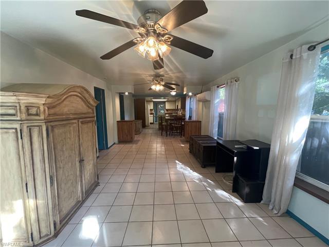 782/784 Oak St, Fort Myers Beach, FL 33931