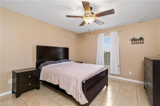 309 Ne 27th St, Cape Coral, FL 33909