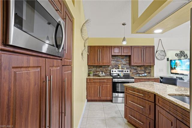 1312 Washington Ave, Lehigh Acres, FL 33972