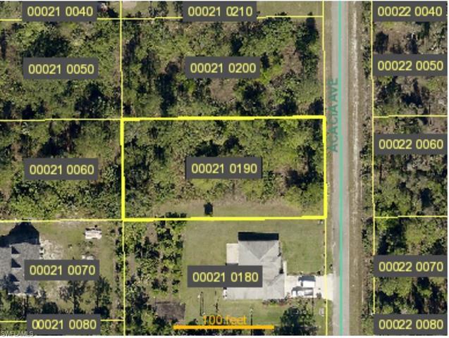 913 Acacia Ave, Lehigh Acres, FL 33972