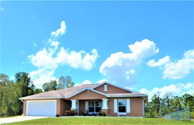 1266 Belgrave St, Fort Myers, FL 33913