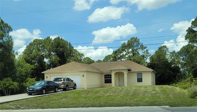 813 Alvin Ave, Lehigh Acres, FL 33971