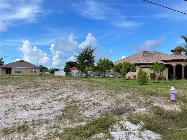 1122 Mohawk Pky, Cape Coral, FL 33914