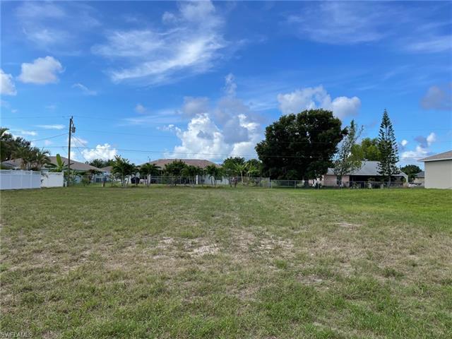1122 Sw 41st St, Cape Coral, FL 33914
