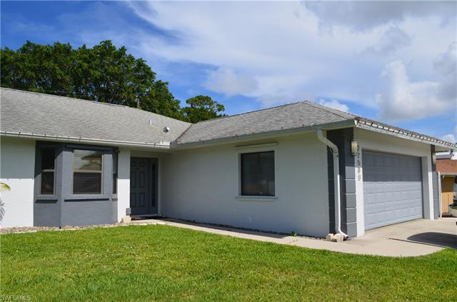 27580 Garrett St, Bonita Springs, FL 34135