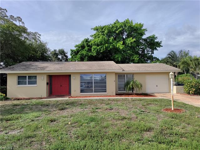 2400 Kent Ave, Fort Myers, FL 33907