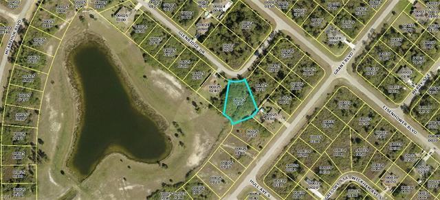 372 Glen Ridge Dr, Lehigh Acres, FL 33974