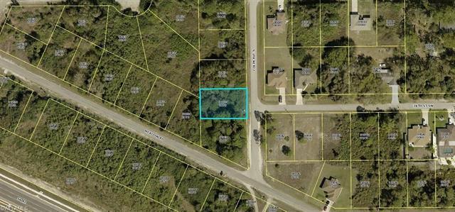 3704 Colin Ave S, Lehigh Acres, FL 33976