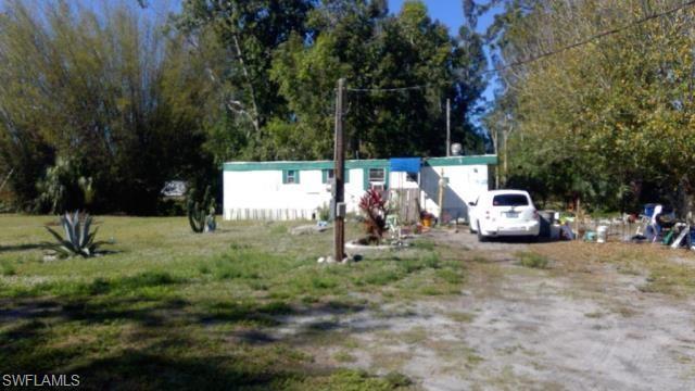 7948-7952 Mcdaniel Dr, North Fort Myers, FL 33917